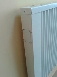 Закритий терморегулятор теплоакумуляційного обігрівача