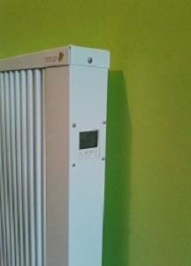 Терморегулятор з програмуємим управлінням теплоакумуляційного обігрівача